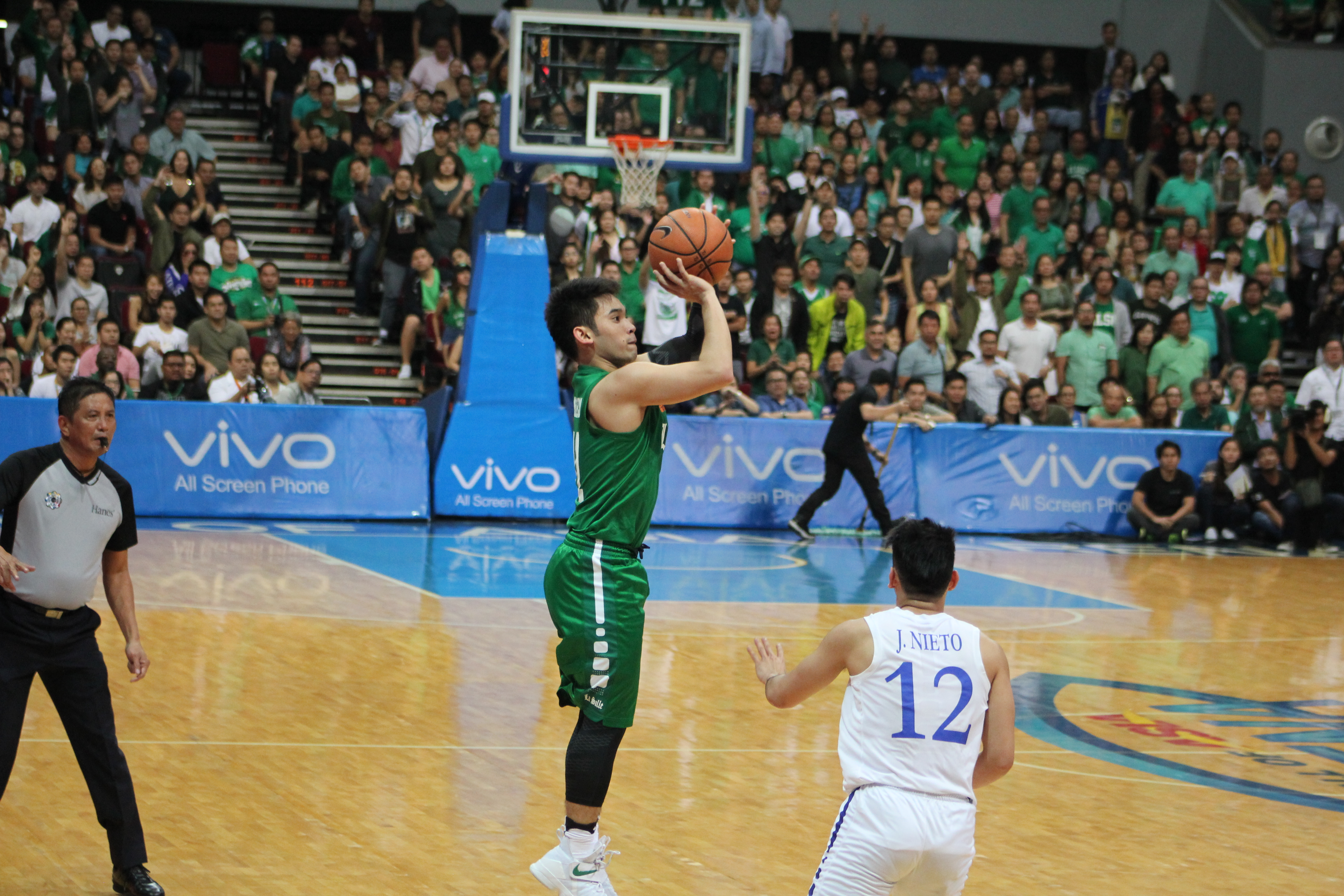 Aljun Melecio broke his slump, led the Green Archers in the Finals opener loss.