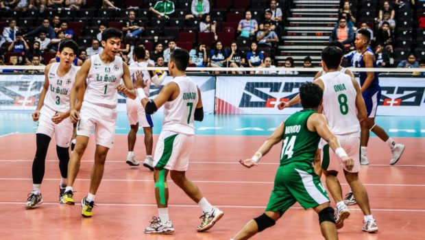 The DLSU Green Spikers bounced back from two losses to keep their Final Four hopes alive.