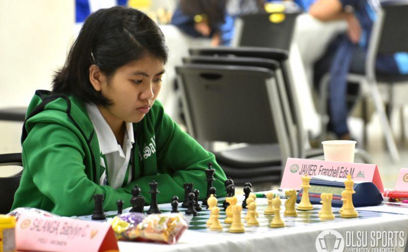 Lady Woodpushers continue their winning streak; Green Woodpushers strive for a win