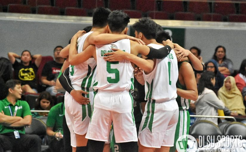 Green Spikers lose their third straight after bowing to NU